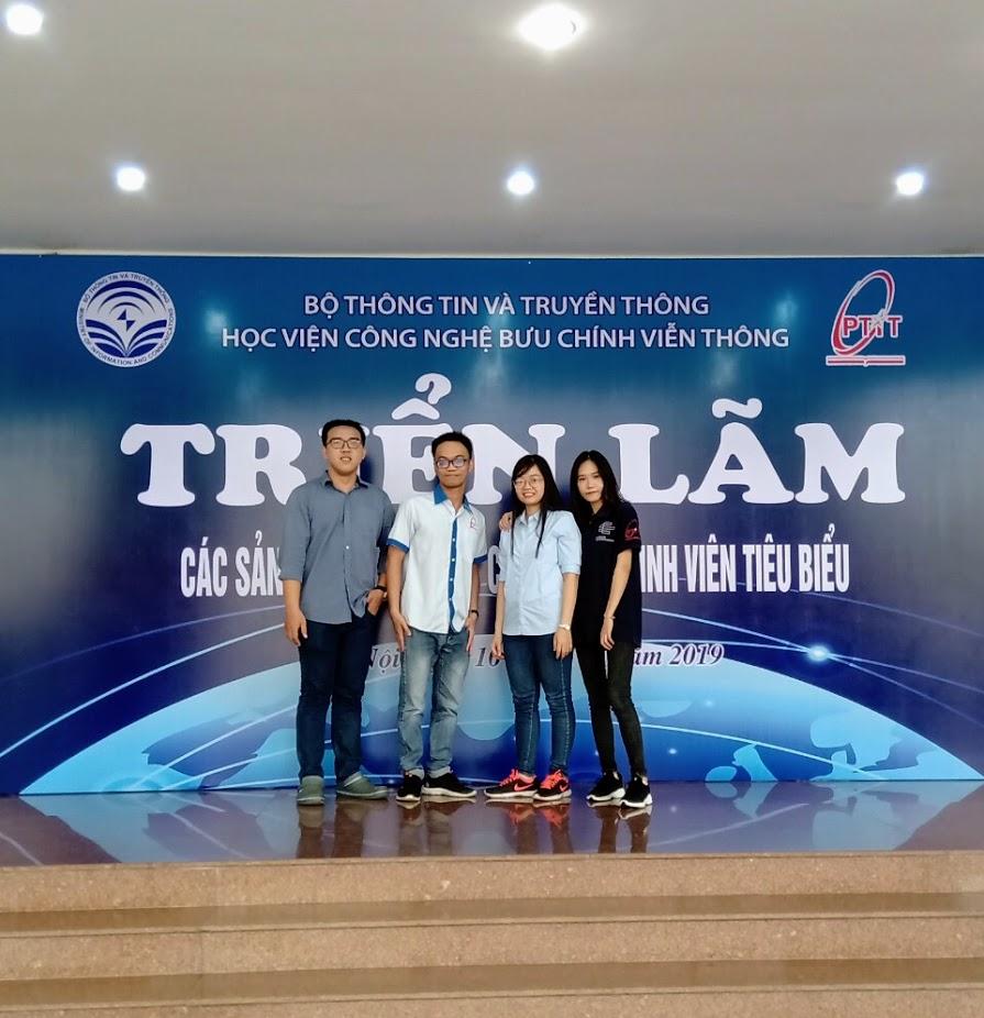 Sinh viên Khoa Viễn thông 2 tham gia Triển lãm Hội nghị Khoa học Sinh viên lần thứ 12 tại Học viện CNBCVT  – Hà Nội